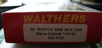 Walthers HO Scale, Waffle Side Box Car. Maine Central