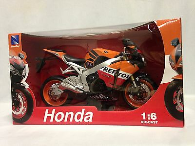 2009 Honda CBR1000RR Motorcycle, Replica 1:6 Diecast Collectible, New Ray Toy OR