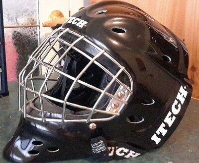 Itech profile 8.0 goalie mask helmet medium M black with bag