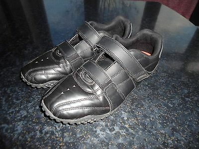 Older Boys Lonsdale Shoes/Trainers UK Size 4