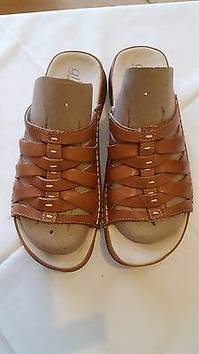 Ladies Real Leather Size 5 sandals