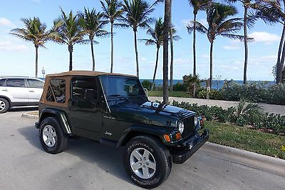 1997 Jeep Wrangler  1997 JEEP WRANGLER LOW MILES SUPER CLEAN
