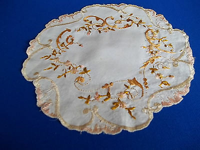 Old Antique Society  Silk Hand Embroidery peite Flowers leafs Nice detail Doily