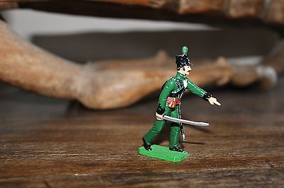 "95th REGIMENT OF FOOT OFFICER - ""SHARPE'S RIFLES"" TOY SOLDIER FIGURE"