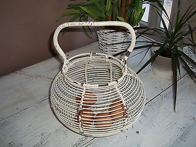 Vintage wire egg basket. Cottage shabby chic collectable traditional