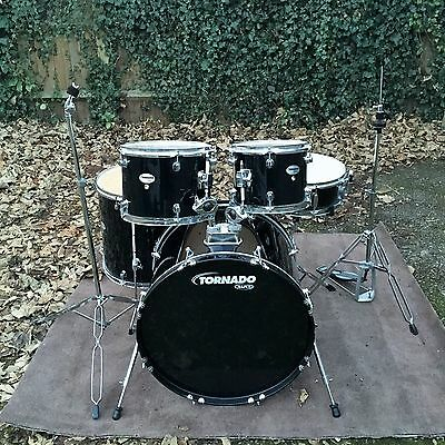 Mapex Tornado 5 Piece Drum Kit in Excellent/Immaculate Condition Black