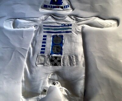 Star Wars R2D2 Babygrow Sleep Suit Romper Unisex New Baby The Force Awakens