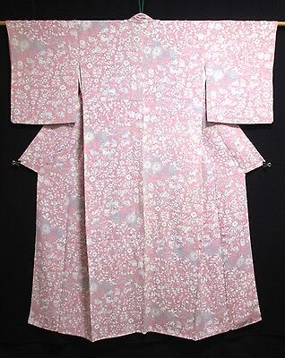Vintage Ladies' Japanese Kimono/Robe/Coat Pink Crepe 'White/Blue/Floral' 10-14