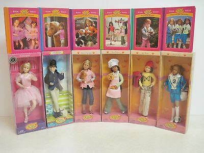 Only Hearts Club 6 Dolls in Theme Outfits with NEW 4 x 6 Hardcover Books