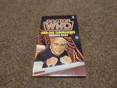 Doctor Who And The Sunmakers. Target books 1982
