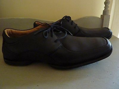 Mens Clarks Black Leather Lace Up Shoes size 11 NEW