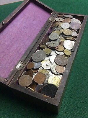 Vintage Wooden Box Full Of Over 600 World Coins Unsorted.