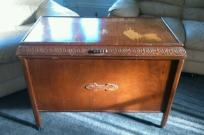 Stunning Large & Tall Vintage Trunk Chest Ottoman Bedding Box On Castors Wheels