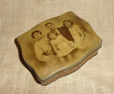 ANTIQUE 1930'S Candy Tin ROYAL FAMILY ELIZABETH II - FILLERY'S TOFFEE England