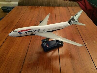 British Airways Japan World Tail Boeing 747-400 Model 1:250 Scale Wooster RARE