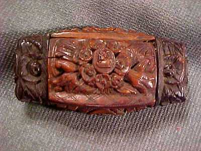 ANTIQUE FOLK ART COQUILLA NUT HAND CARVED SNUFF BOX Cameo and Hunting