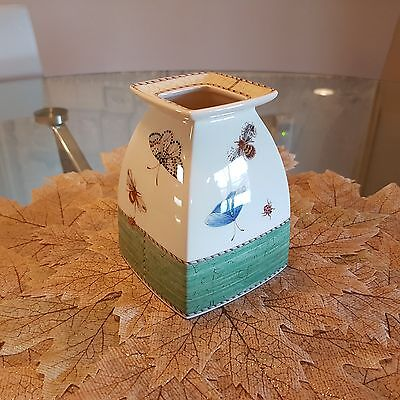"Sarah's Garden by Wedgwood 4"" Square Vase"