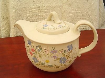 Lovely Vintage Poole Pottery Teapot Tea Pot 2.5 Pint - Springtime - Retro
