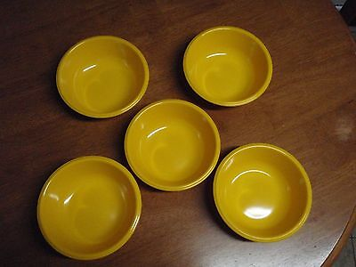 """Rubbermaid Yellow Soup Cereal Bowls Set of 5 Vintage 3836 MINT Cond Melamine 6"""""""