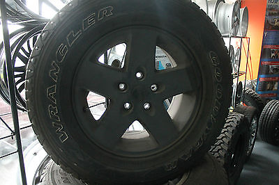 """Set of 5 - 17"""" Jeep Wheels and Goodyear Tyres"""