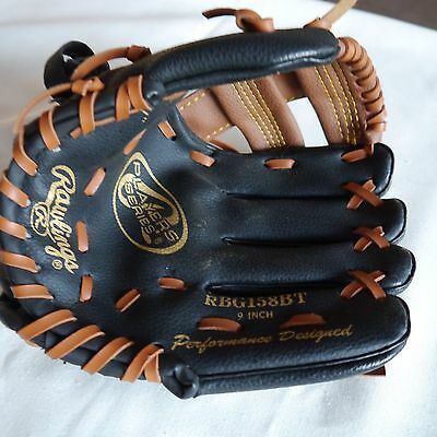 "Rawlings Baseball Glove RBG158BT 9"" right hand (put on left hand)"