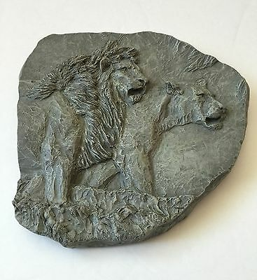 Lion and Lioness Textured Wall Hanging Plaque Sculpture Art Decor Accessories