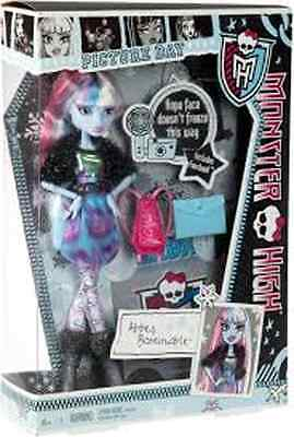 Monster High Picture Day Abbey Bominable Doll Brand New In Box Y4311