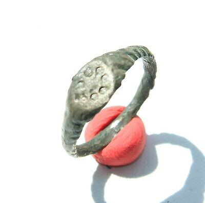 Antique Bronze Finger Ring With Image (JJJ04)