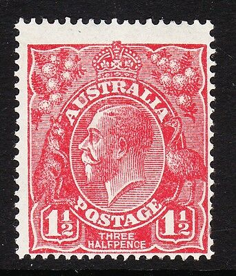 AUSTRALIA 1924 1½d SCARLET WITH 'Q' FOR 'O' SG 77 MINT.