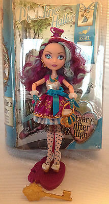 Ever After High Puppe /  Madeline Hatter / Versand in OVP