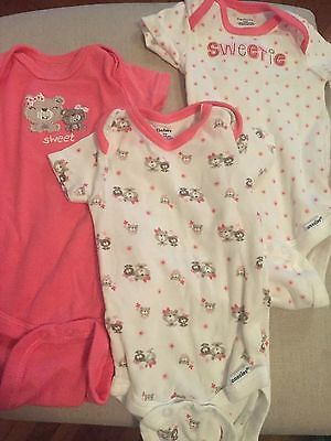 Baby Girl Lot of 3 Gerber Onesies Size 3-6M