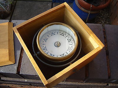 """ANTIQUE  4 1/2"""" WIDE SHIP / BOAT GIMBAL COMPASS in wooden box, paper dial"""