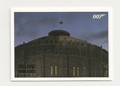 2016 James Bond Archives The Living Daylights #12 Gold #070/125