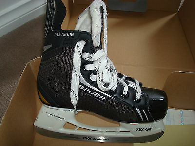 Used Childs Bauer Supreme One.4 Skates Size 2R