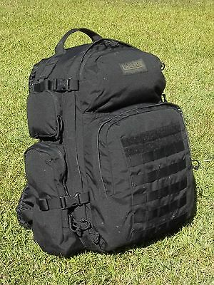 CAMELBAK - BFM -  100 oz. / 3L Hydration Pack - Black - Minor Cosmetic Issues