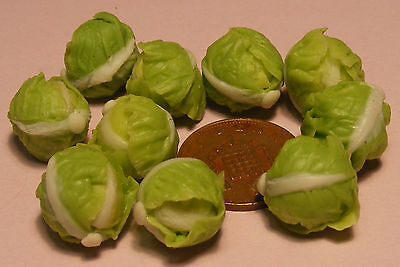 1:12 Two Trimmed Green Cabbages Dolls House Miniature Vegetable Food Accessory