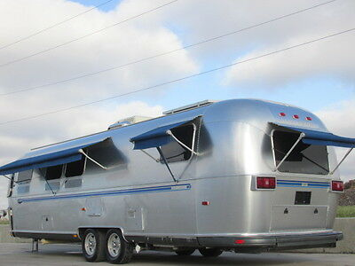 2005 Airstream Classic Excella Limited 30 Wb 1/2 Ton Tow 6500 Lbs Trailer Rv