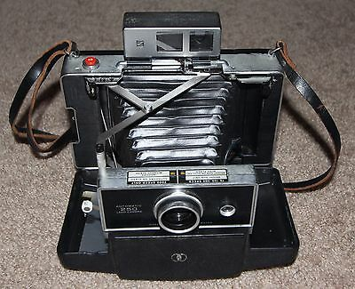 Vintage Polaroid Automatic Land Camera Model 250 w/ Front cover