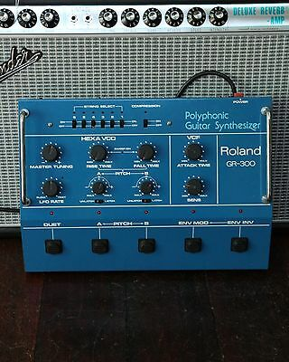 Roland GR-300 Analog Polyphonic Guitar Synthesizer - Vintage, MINT, 24 pin cable