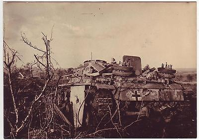 Russian Wwii Press Photo: Remains Of German Tank