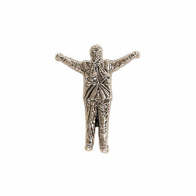 Liverpool FC  LFC Shankly Pose Badge Official