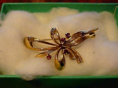 Vintage Quality 9ct Gold Ruby Bow Brooch London 1977