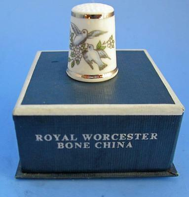Royal Worcester Bone China Thimble With Birds