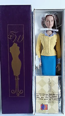 Tonner Chase Modeling Agency Collection Kit MIB 2004 perfect