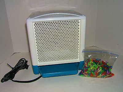 LITE-BRITE CUBE with Blue Trays & Colored Pegs 4 Sided Hasbro WORKS Awesome!!