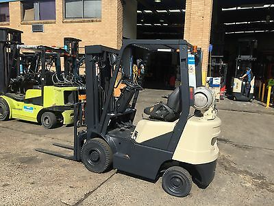 Forklift ,crown 1.8 Tonn , Not Toyota ,nissan ,container Mast Cheap Forklift .