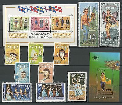 (Tx16627) Traditional Costumes, Um/mnh, Small Collection, See Scan