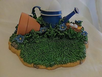 Charming Tails 98/321 SIGNED DISPLAY SCENE WATERCAN GRASS DEANGRIFF(38)