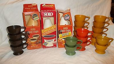 21 Vintage Solo Cozy Cup Plastic Coffee Holder Lot w/120+ Refill Inserts In Box