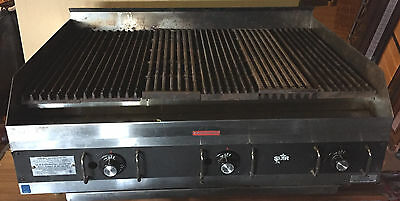 Star Chargrill 36+ Grill Propane Gas Model 6036 Cb  Countertop Char Grill